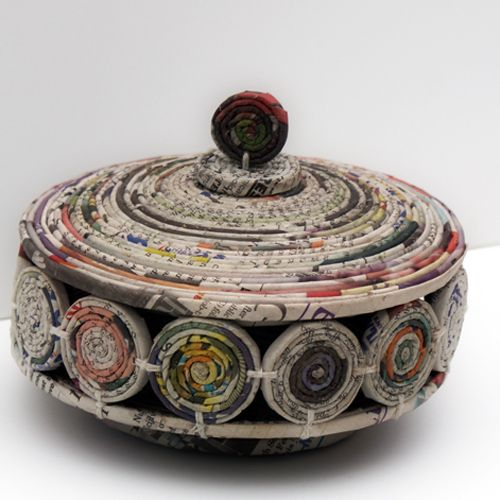Coiled Newspaper Dish--cute, and really different from the magazine one!