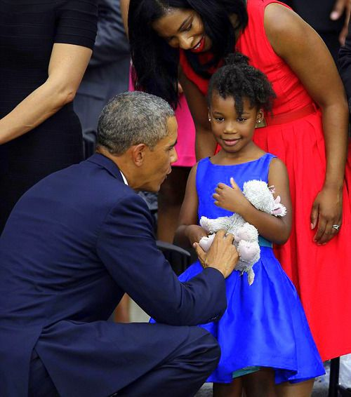 President Obama says hello to Yolanda Renee King, 5 y.o. grand daughter of Dr. Martin Luther King, Jr.