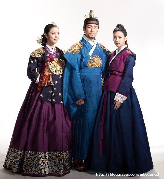#DongYi (2010) Korean #CostumeDrama <3 Lee So-yeon as Jang Hui-bin, Ji Jin-hee as King Sukjong & Han Hyo-joo as Dong-yi / Choi Suk-bin <3 #Kdrama #hanbok