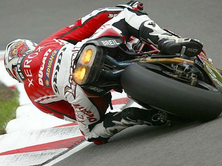 Lanzi on the 999R. (Ducati Tyrol)
