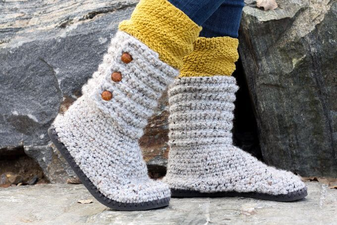 You'll be a DIY goddess of cozy with these crochet boots with flip flops for soles! They make excellent slippers or UGG-like sweater boots to wear around town.