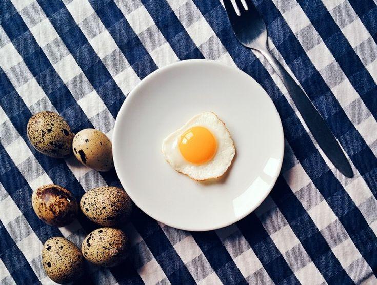5 przepisów na białkowe śniadanie - czyli o tym dlaczego warto wypróbować chociażby przez 5 dni śniadania opierające się na białku, tłuszczach i warzywach. http://naturalniezdrowy.com.pl/5-przepisow-na-bialkowe-sniadanie/