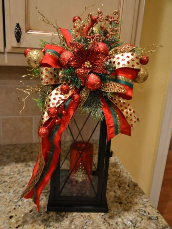 Best 25 Red Christmas Decorations Ideas On Pinterest