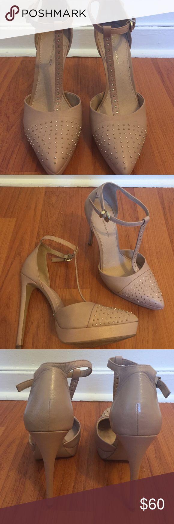 Kurt Geiger Platform Heels Very gently used. 1' platform. 4' total height. Narrow in the toe box Kurt Geiger Shoes Heels