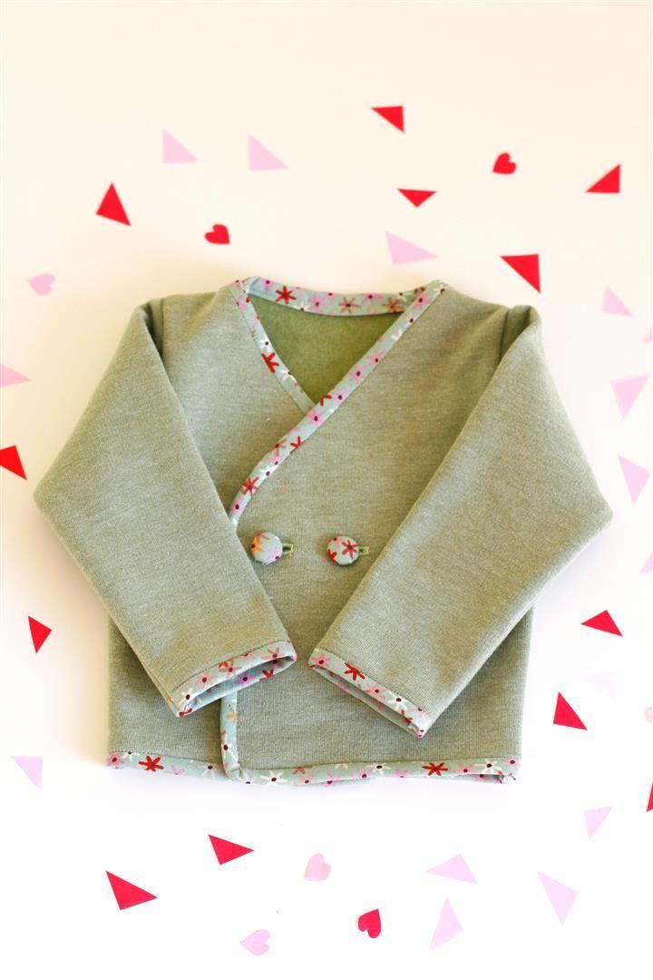 I wear my own! DIY Blog: So sweet! Baby-Jäckchen und Schnullerkette - free pattern!