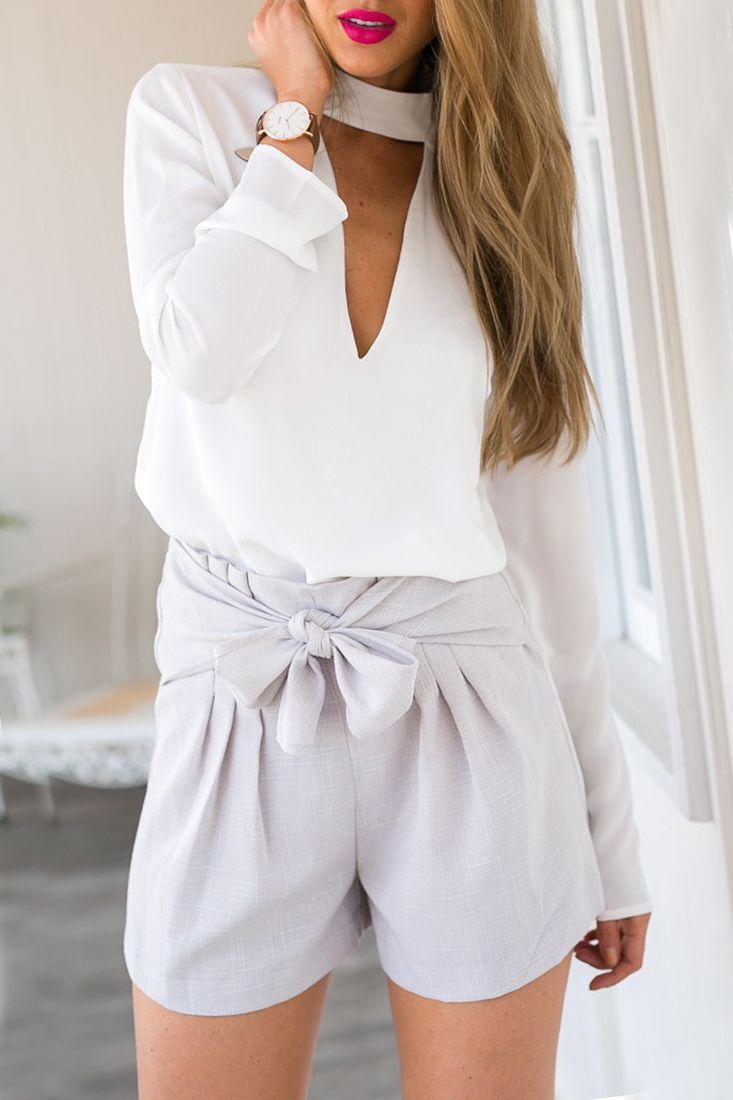 The chiffon blouse is featuring deep V, simple color and long sleeve.