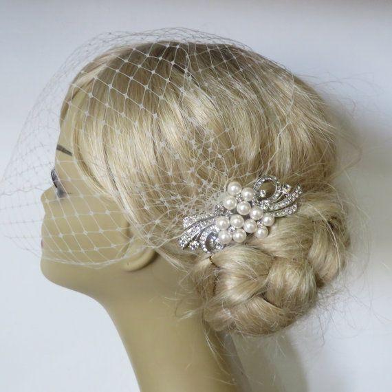 Birdcage sluier en een bruids haar parels kam 2 Items
