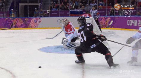 Sidney Crosby's sick pass to himself vs. Austria, with an assist from the wall, 2/14/14