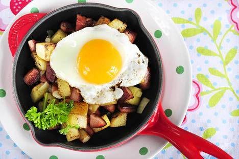 Ruokalan Sanna Mansikkamäen simppeleillä ohjeilla perheesi syö noin viidelläkympillä viikossa.