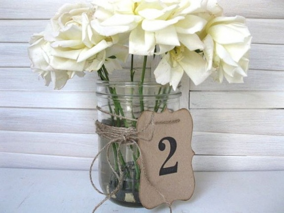 Love these table cards from Blue Pearls on Etsy