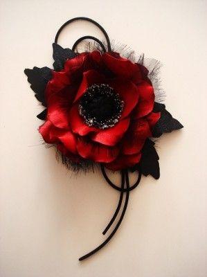 Fabric poppy Tutorial  http://www.pinterest.com/claudiamandara/modelli-fiori/