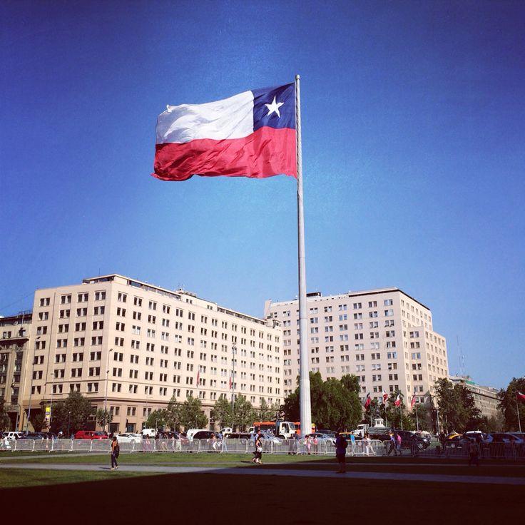 Alameda frente a La Moneda SCL #SCL #Chile