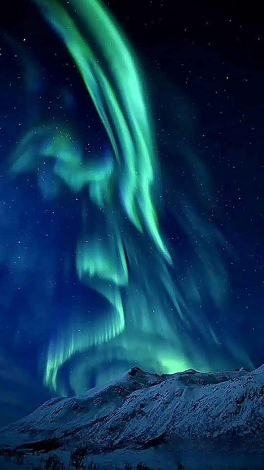 Beautiful Landscape Photography, Beautiful Landscapes, Nature Photography, Aurora Borealis, Beautiful Sky, Beautiful World, Nature Pictures, Beautiful Pictures, Ciel Nocturne