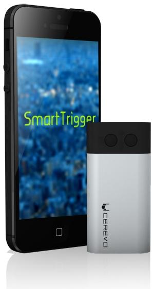 smartrigger  SmartTriggerとスマートフォンを組み合わせれば、ワイヤレスでデジタル一眼カメラのシャッター操作ができます。好きな場所やタイミングで写真を撮ったり、タイムラプス撮影に利用したりと、写真撮影の幅が広がります。