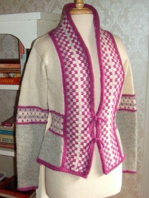 Kimono Fana Cardigan pattern, in Cascade Yarns Eco, Eco+ and Pastaza. PDF $6.