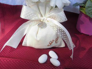 bomboniere ricamate di sara: bomboniera matrimonio