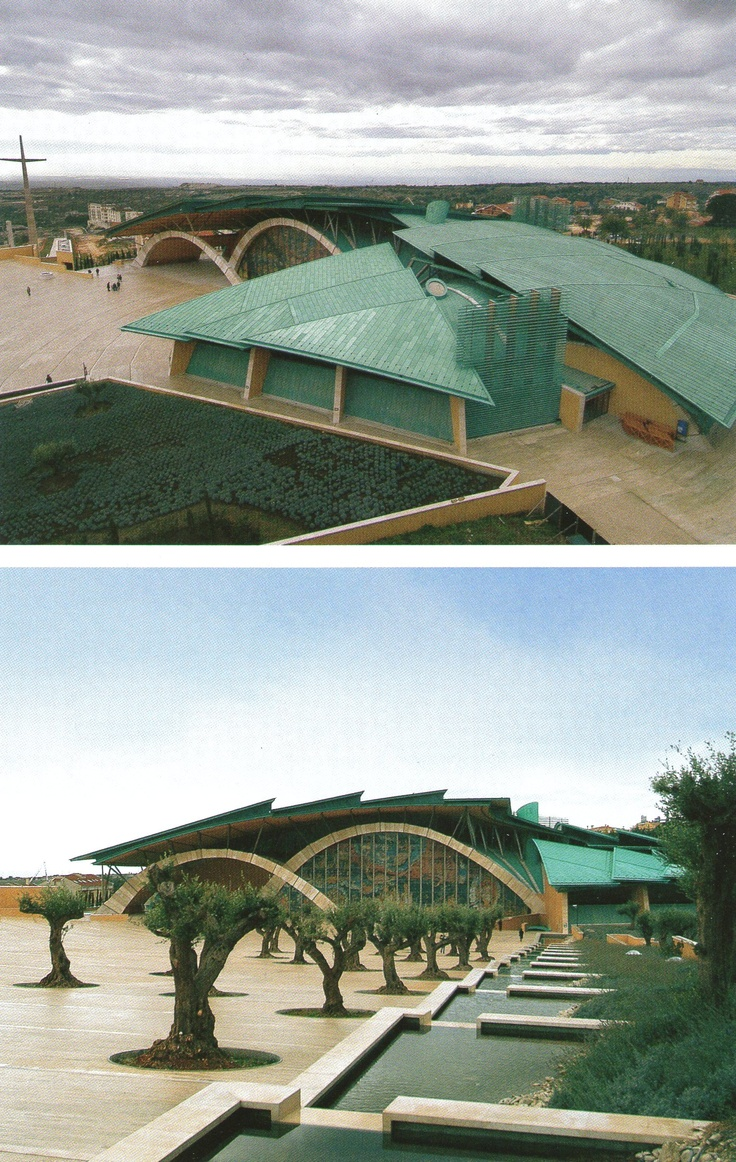 Espaço Litúrgico para o Padre Pio, San Giovanni Rotondo, Itália - Renzo Piano (Imagem retirada da Coleção Folha Grandes Arquitetos)