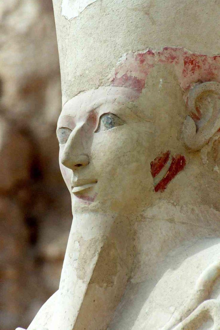 Osiris to the temple of Hatshepsut in Egypt | Osiris au temple d'Hatchepsout en Egypte | Osiris en el templo de Hatshepsut en Egipto