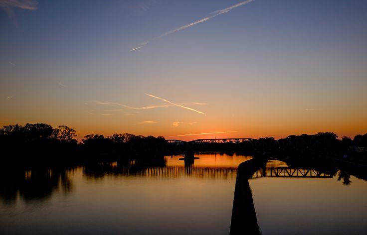 "https://flic.kr/p/TvxQdc | Sunset - as seen from ""Mosty Warszawskie"" in Wrocław"