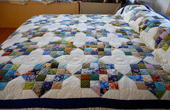 Amish Patchwork Quilt  16 patch squares