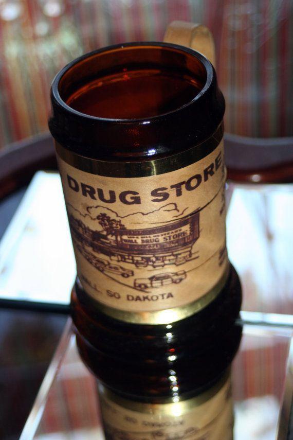 Wall Drug Store Vintage Souvenir Mug Brown Glass w…