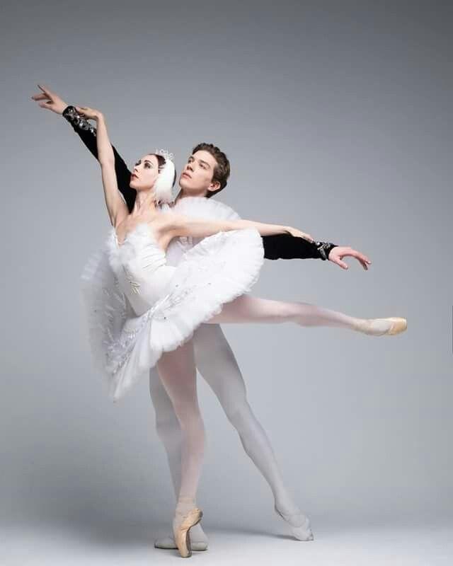 <<Russian Ballet Theatre # Photo © Darian Volkova>>