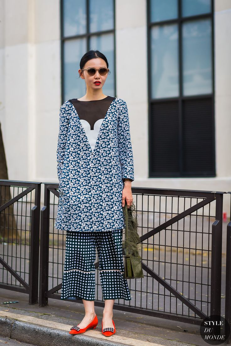 Sherry Shen Street Style Street Fashion Streetsnaps by STYLEDUMONDE Street Style…