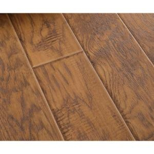 Home depot dupont real touch elite natural hickory 10mm for Dupont flooring