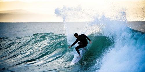 Regalos de Navidad: cursos de idiomas mientras haces surf en Australia, golf en Inglaterra, yoga en India…