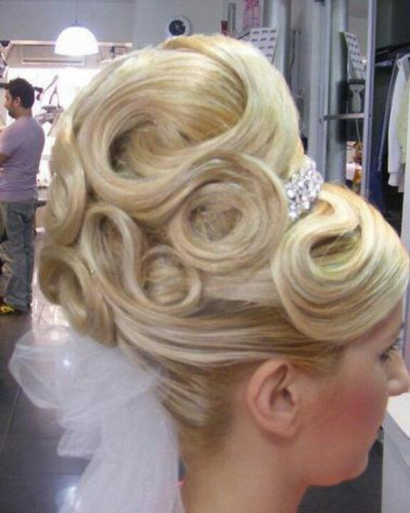 wacky hair styles pin by blond bouffant on gorgeous hair 8103 | c5deb61202927e8afe28a8103c0c3cd7