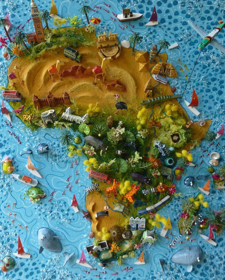 Sara Drake Africa map 40cm