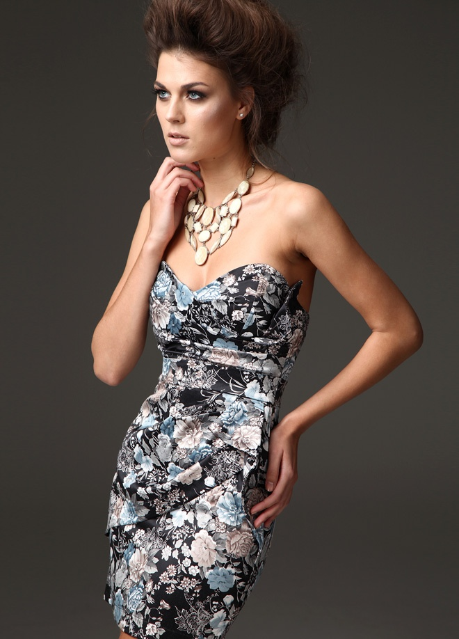 Tfnc London Elbise Markafoni'de 180,00 TL yerine 69,99 TL! Satın almak için: http://www.markafoni.com/product/3049035/