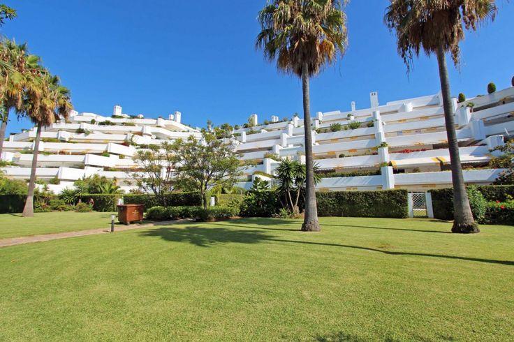 Beachside apartment Marbella - Parque del Sol Guadalmina Baja