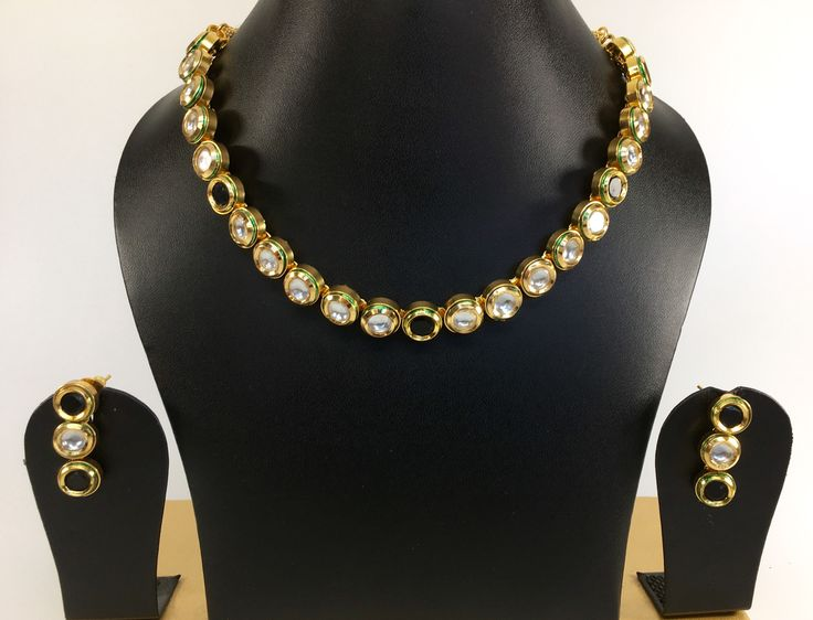 Single line kundan necklace