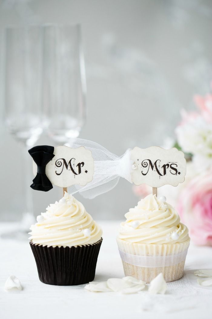 Simply Classy Mr and Mrs Wedding Cupcake Toppers Craft