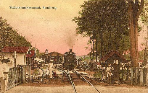 Tempo Doeloe # 3 - Bandung, stasiun, 1920