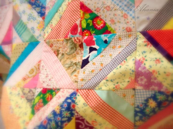 Il Libro di Ahania: Trapunta a strisce Multicolore - (Wip II parte)