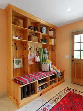 Best 25 knotty pine rooms ideas on pinterest knotty for Knotty pine cabins idyllwild