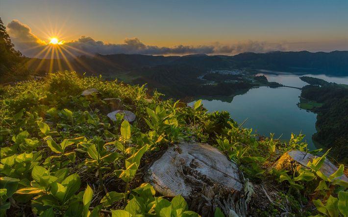Lataa kuva Seitsemän Kaupunkia, sunset, lake, vuoret, metsä, Portugali