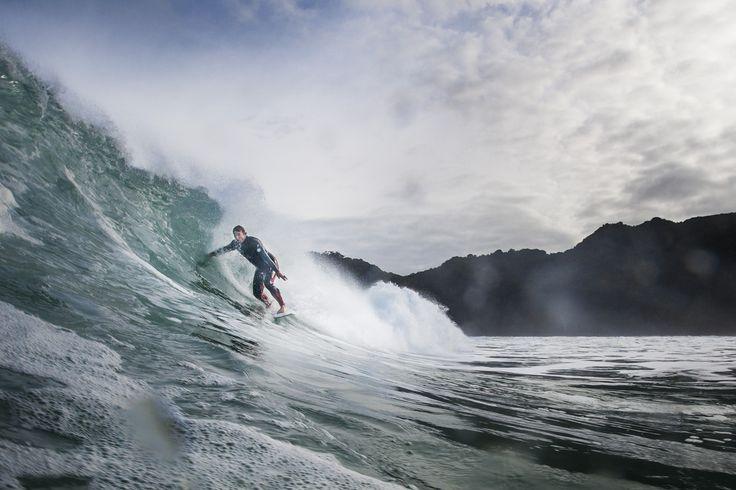 Winter swell Piha, New Zealand