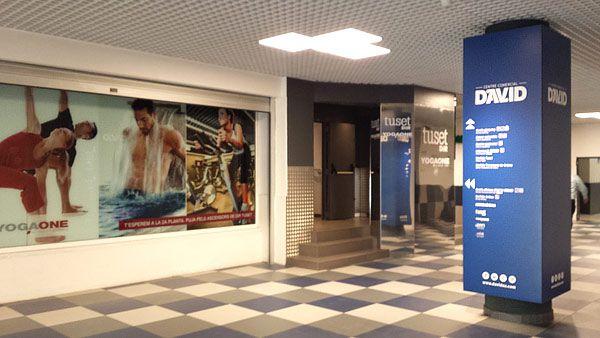 Entrada al centro comercial David desde la calle Aribau, en la foto la entrada del gimnasio DIR #Tuset de #Barcelona