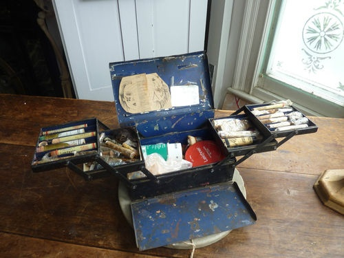 Antique Actors Theatre Stage Make Tin Vanity Box Misc