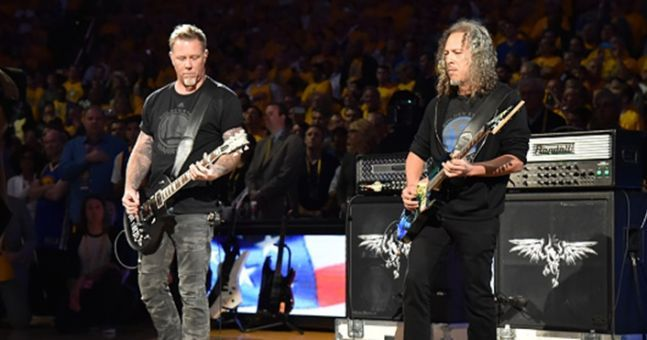 Video: Metallica channel Jimi Hendrix with this class version of ...