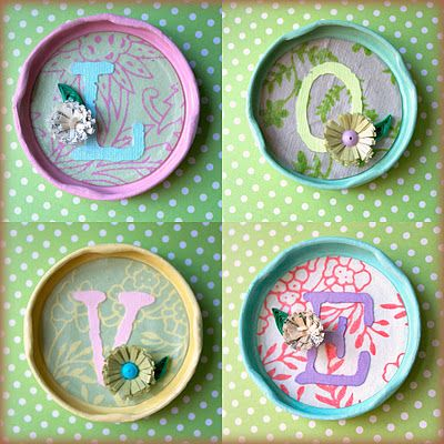 Upcycle these jar lids you have into decor pieces for your office,home or to magnets for the fridge ! Simple DIY