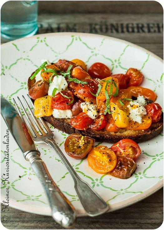 Tolles Tomaten Rezept für auf die Schnelle - Honigtomaten-Röstbrot *** Great Tomato recipe quick & easy - Honeytomatoes on roasted bread
