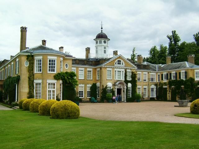 The mansion at Polesden Lacey was last inhabited by Mrs. Ronald Greville who bequeathed the estate to the National Trust following her death in 1942.