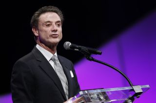 Rick Pitino receives a contract extension from Louisville through 2026
