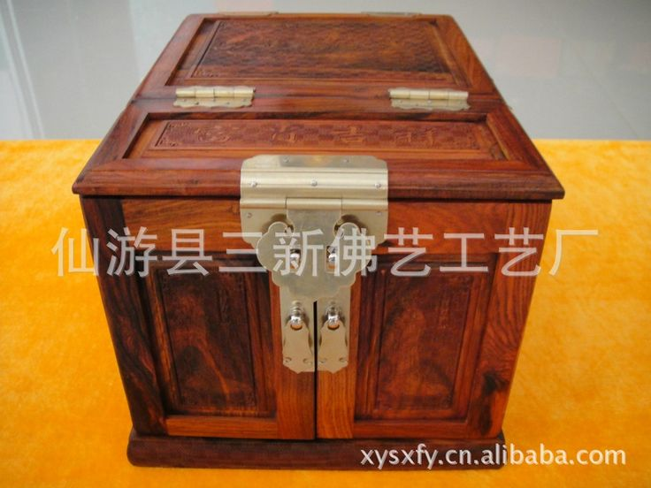850.00$  Watch here - http://ali6ff.worldwells.pw/go.php?t=32628214150 - The supply of women's Makeup Kit cosmetic box ladies cosmetic box classical antique wooden box makeup cosmetic box 850.00$