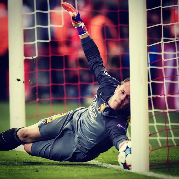 Great goal line clearance save by Marc-Andre Ter Stegen in the 2nd leg of the semi-finals. Barcelona vs Bayern Munich