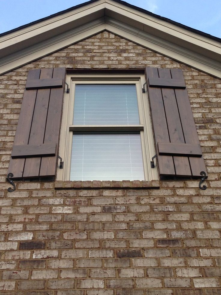 Craftsman style shutters spaces craftsman with board and for Exterior board